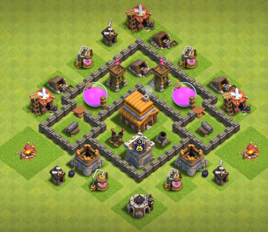 New BEST Town Hall 4 Base with REPLAY 2018 August